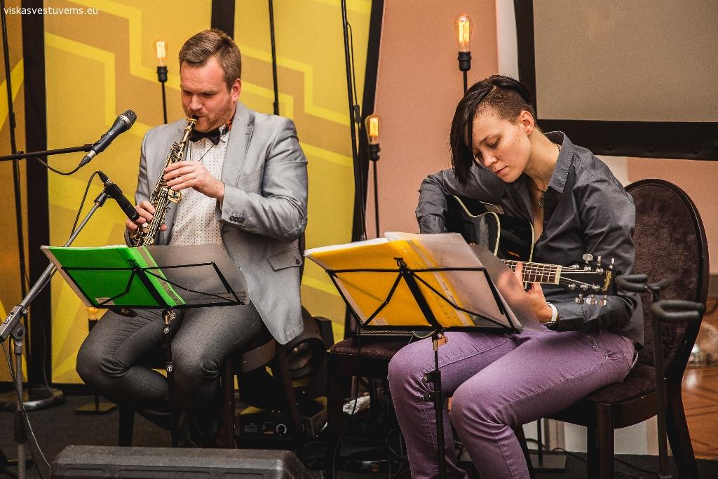 Gyva jazz/Bossa nova muzika