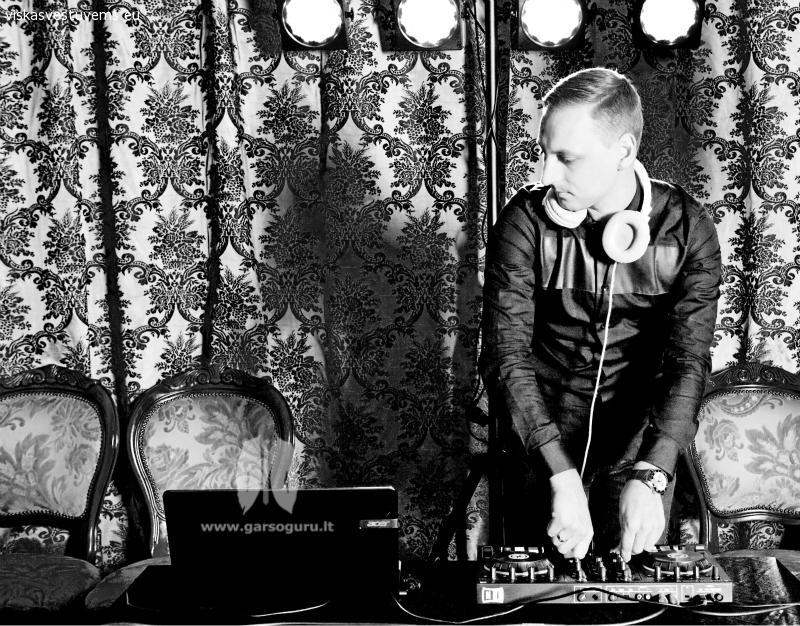 Vestuvių DJ ir renginių vedėjo paslaugos